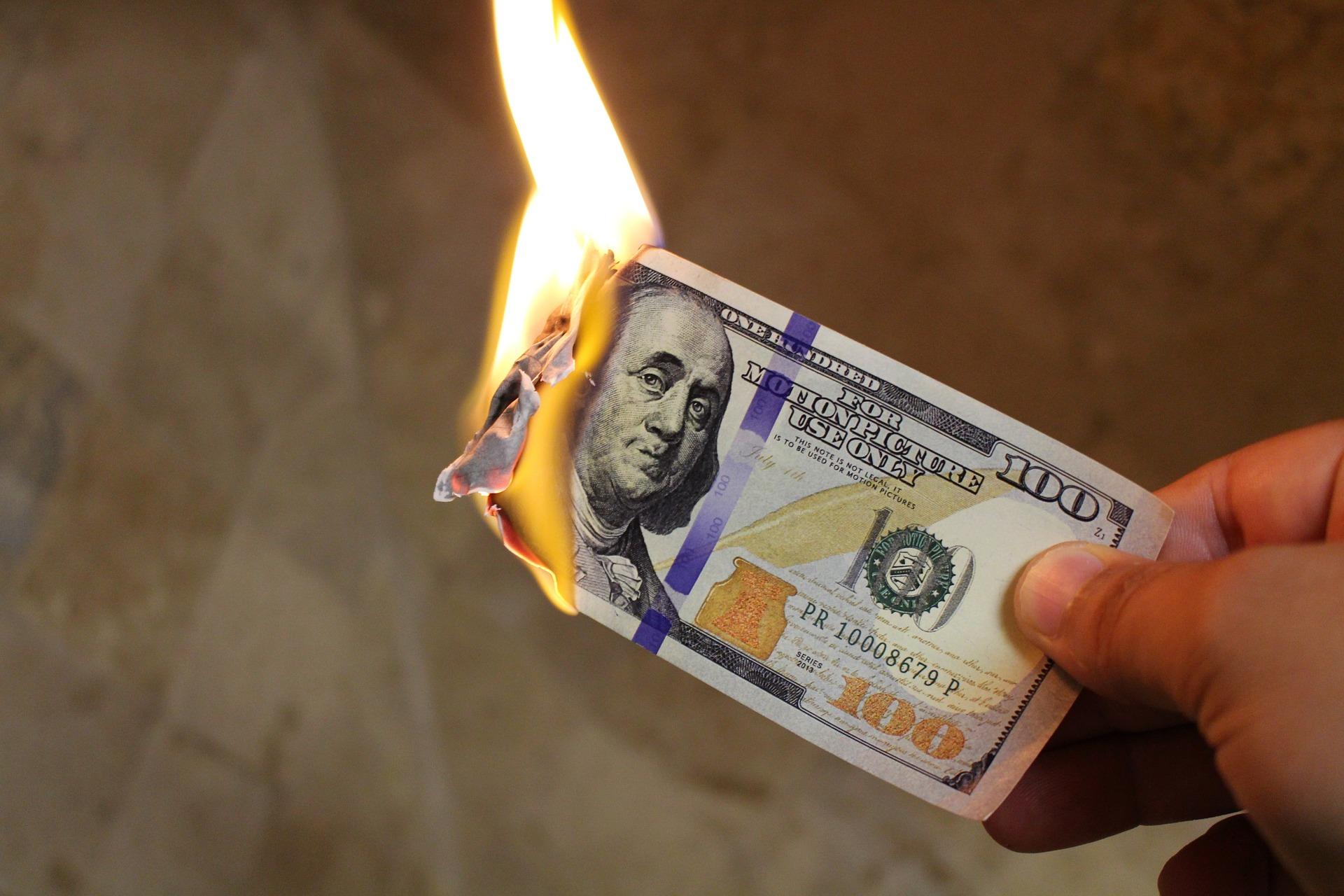 10 สัญญาณที่แสดงว่าเว็บไซต์ของคุณคือต้นทุนเงินของคุณหรือธุรกิจใหม่ (Thai)